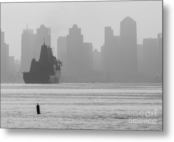 Slipping Into Port 5-2630-2 Metal Print by Stephen Parker