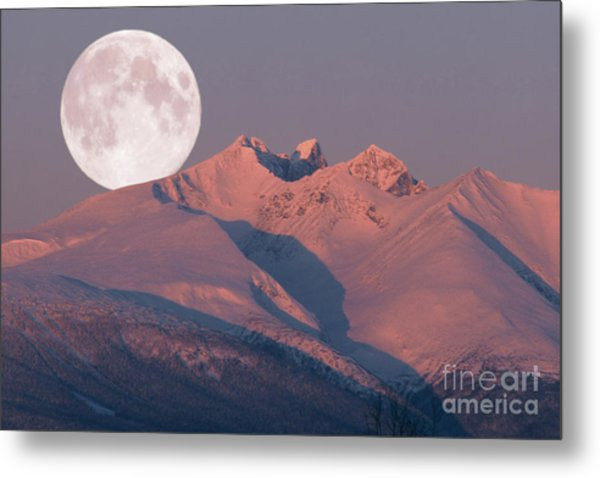 Solstice Sunrise Alpenglow Full Moon Setting Metal Print