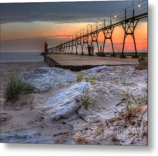South Haven Beach And Lighthouse Metal Print