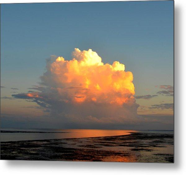 Spectacular Cloud In Sunset Sky Metal Print
