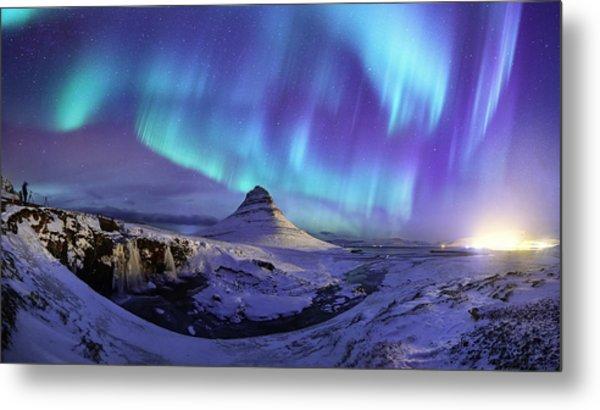Spectacular Northern Lights Appear Over Mount Kirk Metal Print by Ratnakorn Piyasirisorost