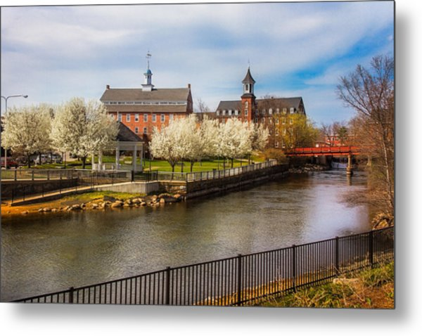 Spring Mills Metal Print by Robert Clifford