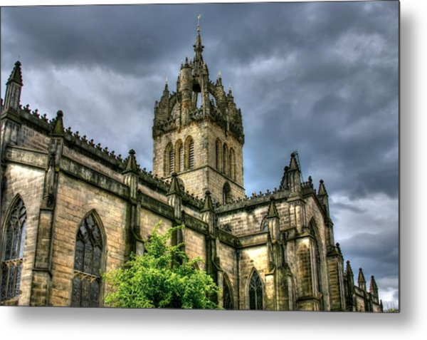 St Giles And Tree Metal Print