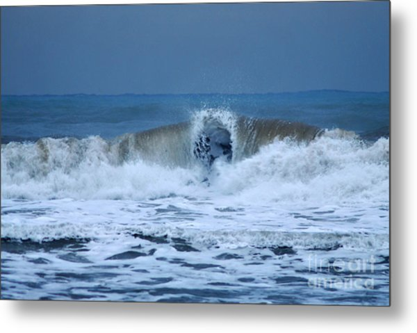 Dancing Of The Waves Metal Print