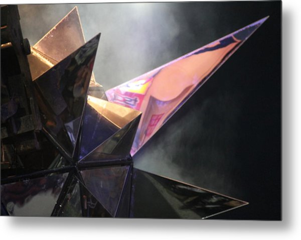 Metal Print featuring the photograph Star by Debbie Cundy