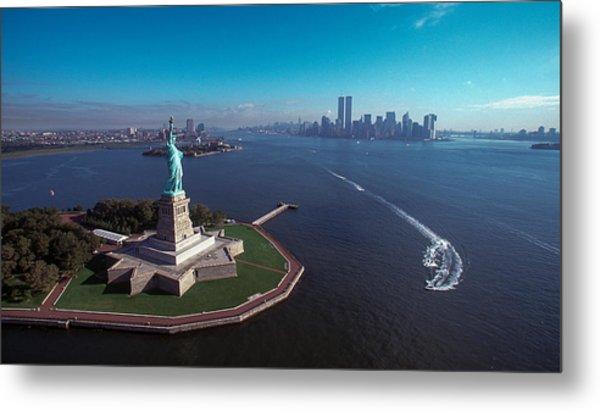 Statue Of Liberty Metal Print by Kim Lessel