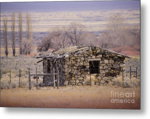 Stone Cabin In The Big Smoky Valley Metal Print by Janis Knight