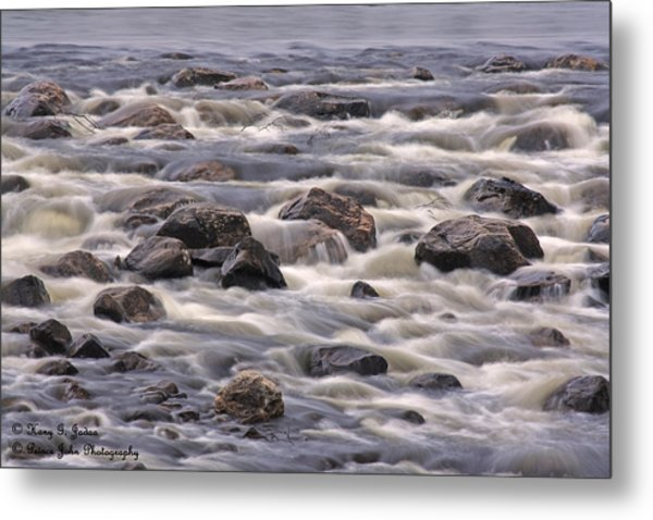 Streaming Rocks Metal Print