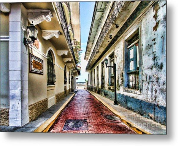 Streets Of El Casco Viejo 2  Metal Print