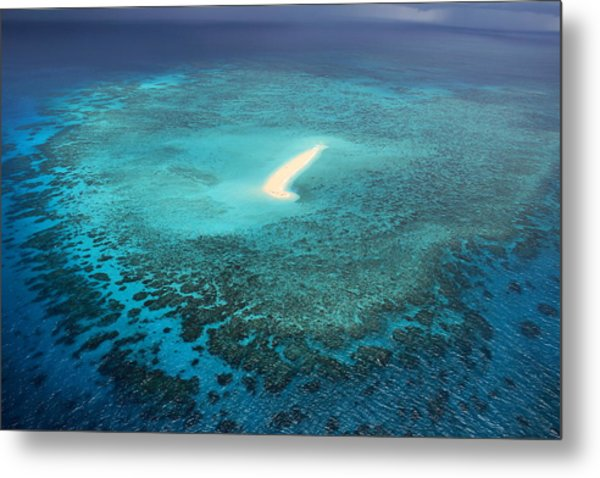Metal Print featuring the photograph Sudbury Cay by Debbie Cundy