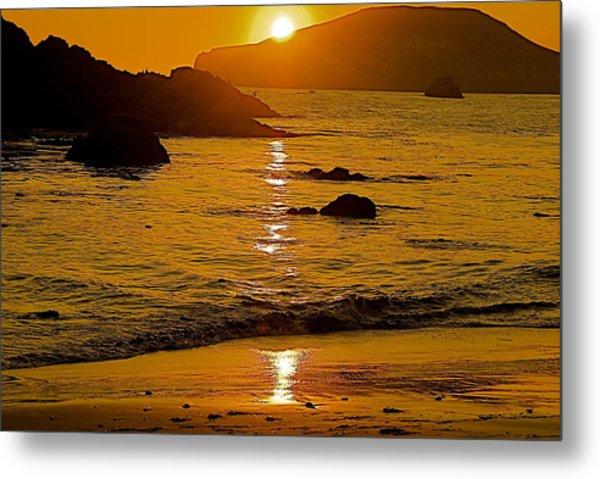 Sundown Sea Metal Print