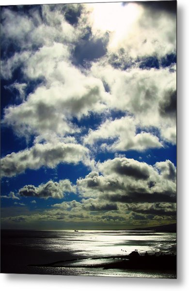 Sunlight Through The Clouds Metal Print