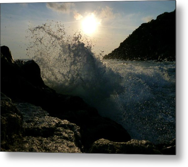 Sunny Wave Metal Print by Alessio Casula