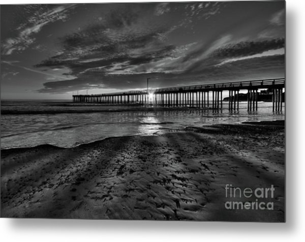 Sunrays Through The Pier In Black And White Metal Print