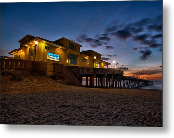 Sunrise At Johnnie Mercer's Pier Metal Print