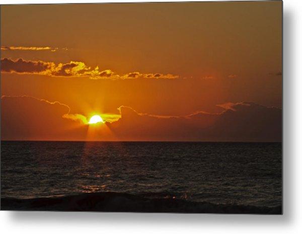 Sunrise At The Beach Metal Print