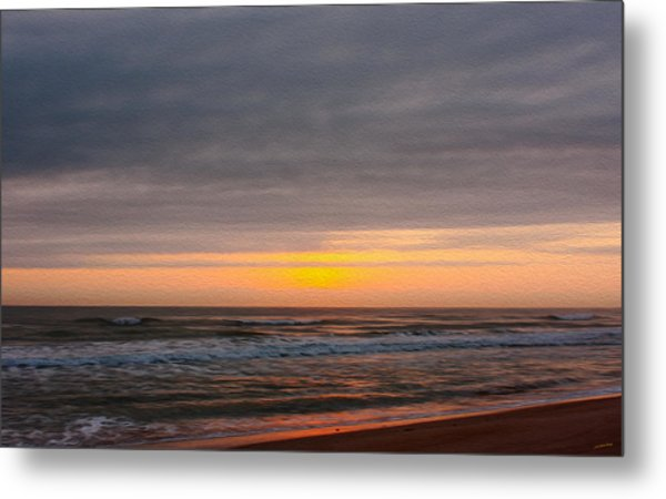 Sunrise Under The Clouds Metal Print