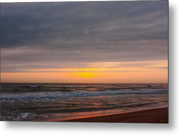Sunrise Under The Clouds Metal Print