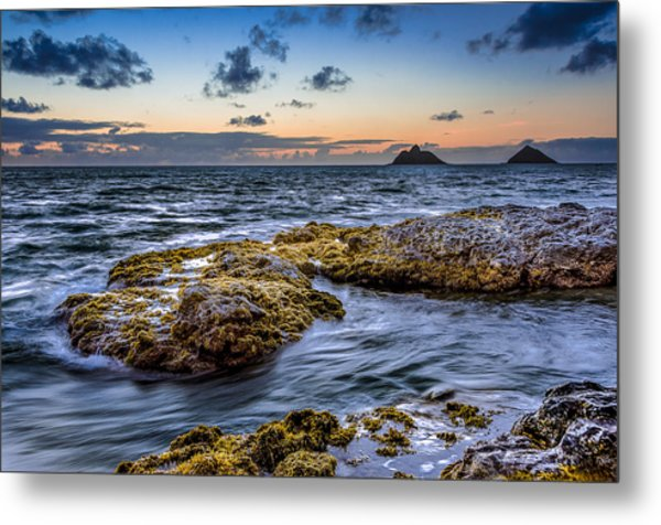 Sunrise With The Mokulua Also Know As Mokes Island Metal Print