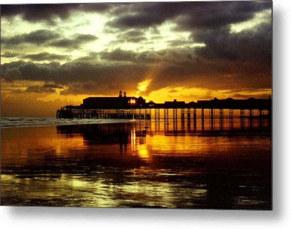 Sunset At Hastings Pier Uk Metal Print