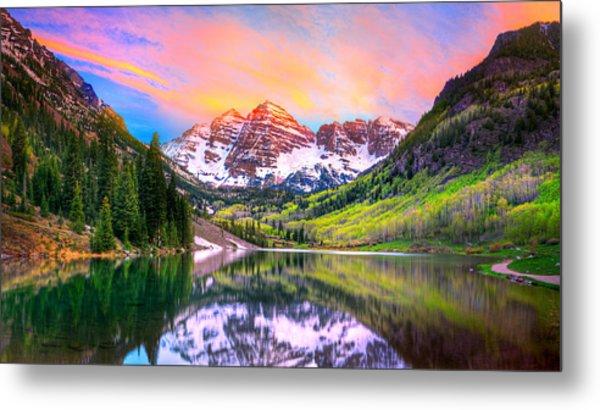 Sunset At Maroon Bells And Maroon Lake Aspen Co Metal Print