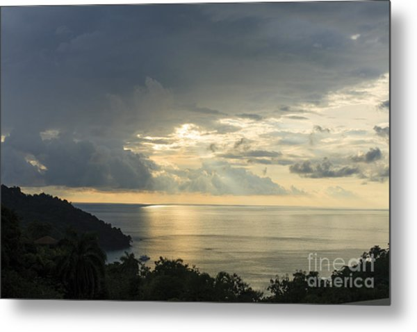 sunset at Quepos Metal Print by Russell Christie