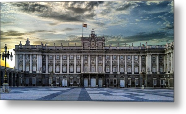 Sunset At Royal Palace Metal Print