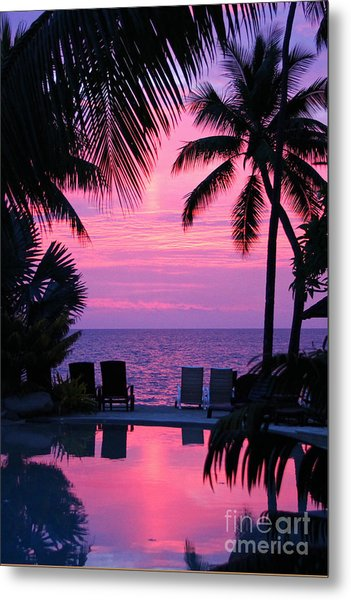 Sunset In Paradise Metal Print by Lars Ruecker