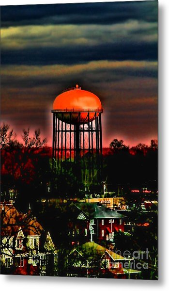 Sunset On A Charlotte Water Tower By Diana Sainz Metal Print