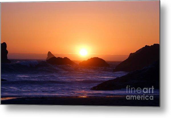 Sunset On Harris Beach Metal Print by Irina Hays