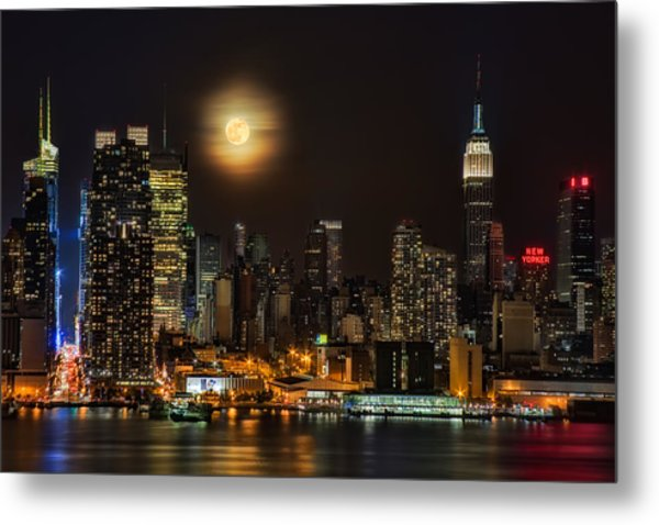Super Moon Over Nyc Metal Print
