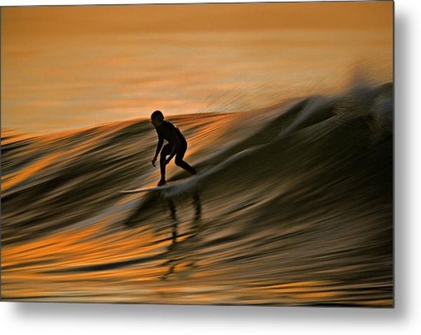 Surfing Liquid Copper C6j2144 Metal Print