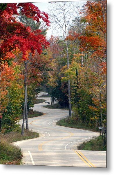 Swervy Road At North Port Metal Print