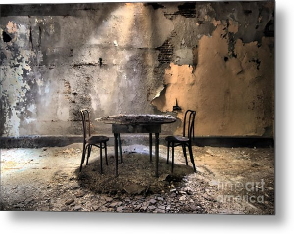 Table 4 Two Metal Print