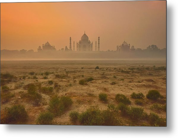 Taj Mahal At Dusk Metal Print