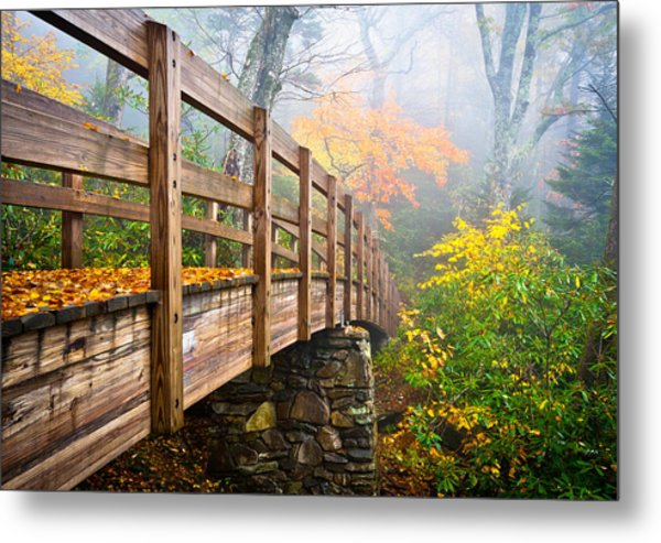 Tanawha Trail Foot Bridge - Rough Ridge Autumn Foliage Nc Metal Print