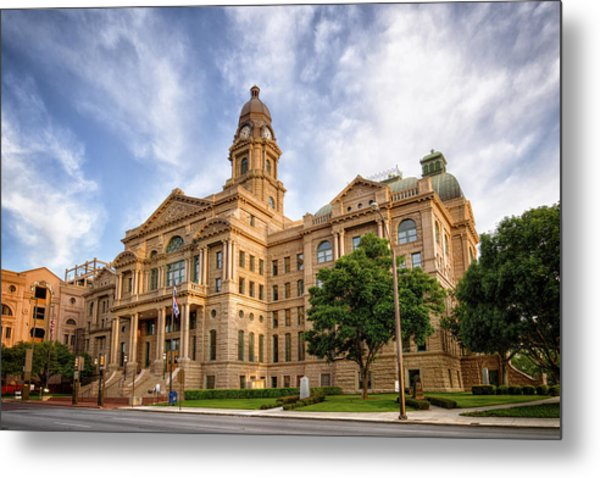 Tarrant County Courthouse II Metal Print