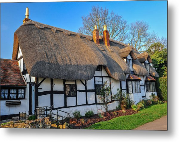 Ten Penny Cottage Welford On Avon Metal Print by David Ross