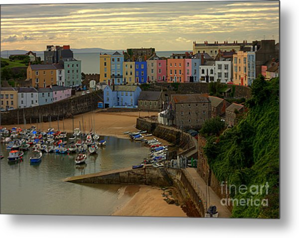 Tenby Harbour In The Morning Metal Print