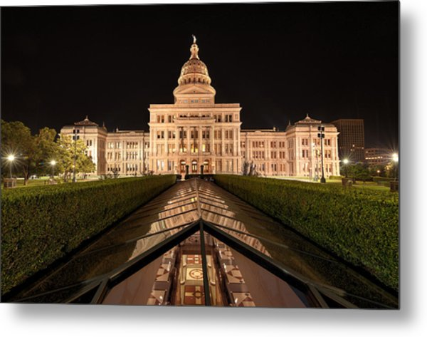 Texas State Capitol Building At Night Metal Print