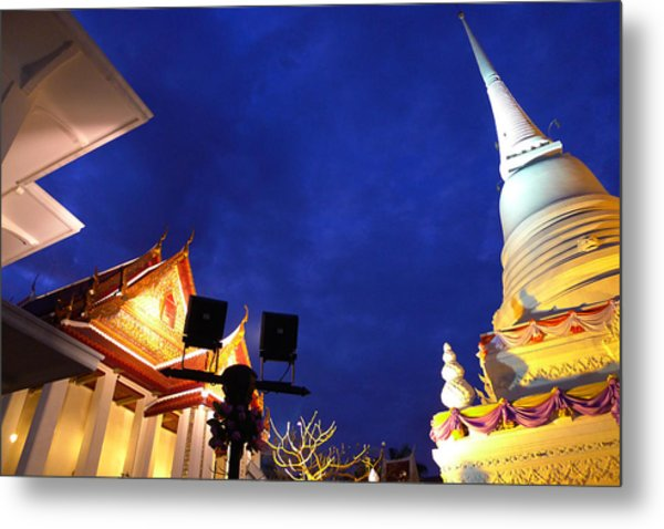 Thai Temple Sunset Metal Print