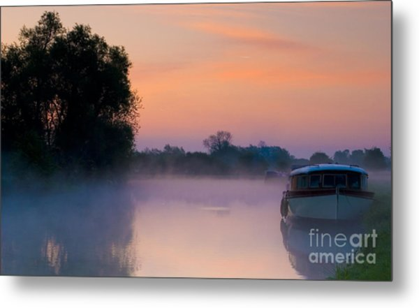River Thames At Dawn  Metal Print