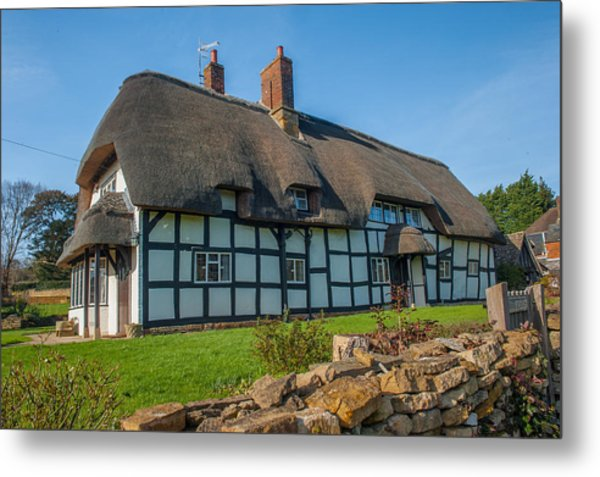 Thatched Cottage Ashton Under Hill Worcestershire Metal Print by David Ross