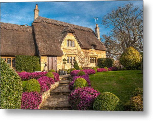 Thatched Cottage Chipping Campden Cotswolds Metal Print by David Ross