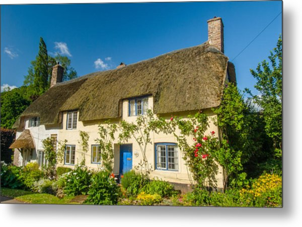 Thatched Cottage In Dunster Somerset Metal Print by David Ross
