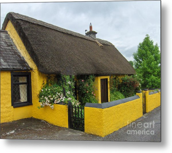 Thatched House Ireland Metal Print