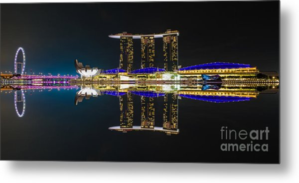 The Asian Power House Metal Print by Pete Reynolds