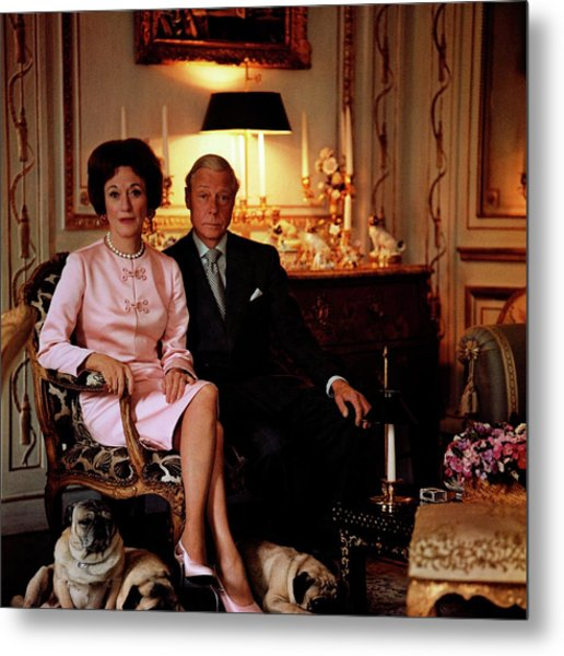 The Duke And Duchess Of Windsor In Their Paris Metal Print by Horst P. Horst