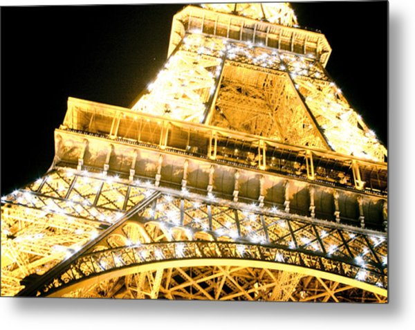 The Eiffel Tower At Night Metal Print