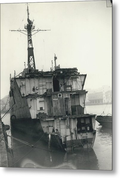 The End Of A Brave Little Ship. H.m. S. Amethyst In Metal Print by Retro Images Archive